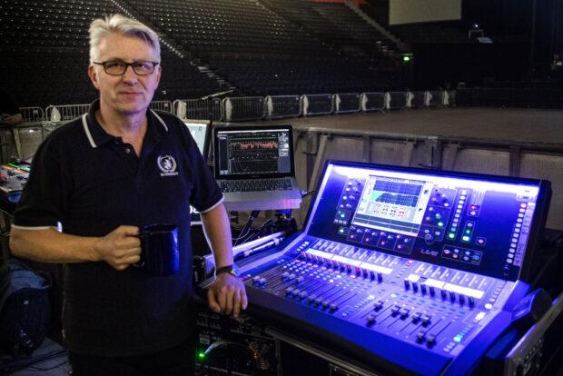 dLive S3000 Manchester Arena - Morrissey